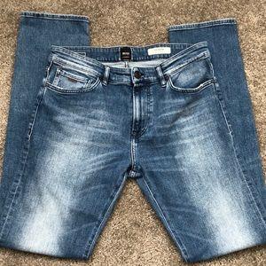 Hugo Boss Men's jeans regular fit.